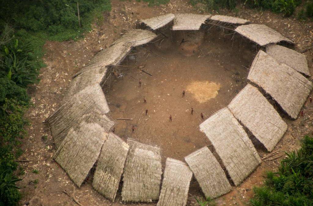 Morte de adolescente Yanomami por Covid-19 deve nos colocar em alerta máximo